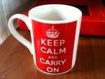 Quand ça va stresser fort, je reprends un thé dans ce mug acheté à l'Imperial War Museum de Londres...