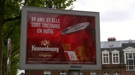 kronenbourg affiche jeunisme