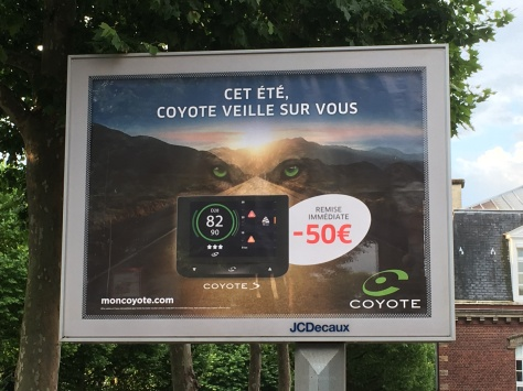 avertisseur Coyote, affiche juillet 2017, radars, légalité, Hobbes